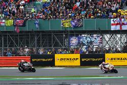 Sam Lowes, Federal Oil Gresini Moto2; Johann Zarco, Ajo Motorsport