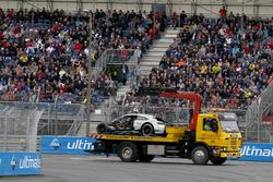 The crashed car of Gary Paffett, Mercedes-AMG Team HWA, Mercedes-AMG C63 DTM