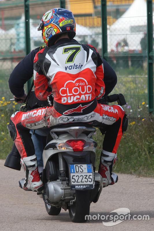 Chaz Davies, Ducati Team, nach Sturz