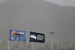 Bandiere sventolate dal vento dell'Arizona
