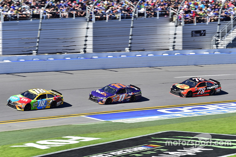 Kyle Busch, Joe Gibbs Racing, Toyota; Denny Hamlin, Joe Gibbs Racing, Toyota; Martin Truex Jr., Furniture Row Racing, Toyota