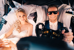 Maro Engel, Mercedes-AMG Team HWA, mit seiner Frau
