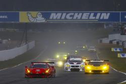 GT start: #62 Risi Competizione Ferrari 488 GTE: Toni Vilander, Giancarlo Fisichella, Alessandro Pier Guidi leads