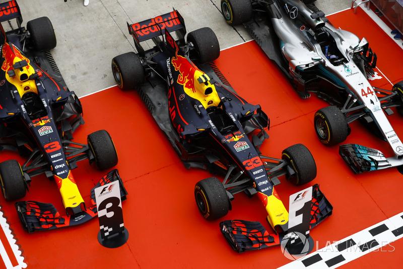 Даніель Ріккардо, Макс Ферстаппен, Red Bull Racing RB13, Льюіс Хемілтон, Mercedes AMG F1 W08