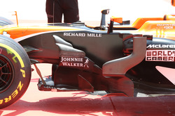 Fernando Alonso, McLaren MCL32 detail side
