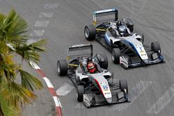 Nikita Mazepin, Hitech Grand Prix, Dallara F317 - Mercedes-Benz; Ralf Aron, Hitech Grand Prix, Dalla