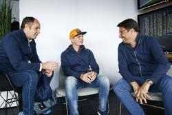 Gerhard Berger, Président de l'ITR et Max Verstappen, Red Bull Racing, Florian Zitzlsperger, vice-président de l'ITR.