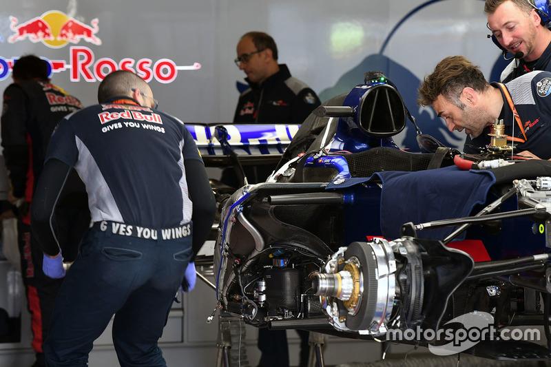 Scuderia Toro Rosso STR12 in the garage
