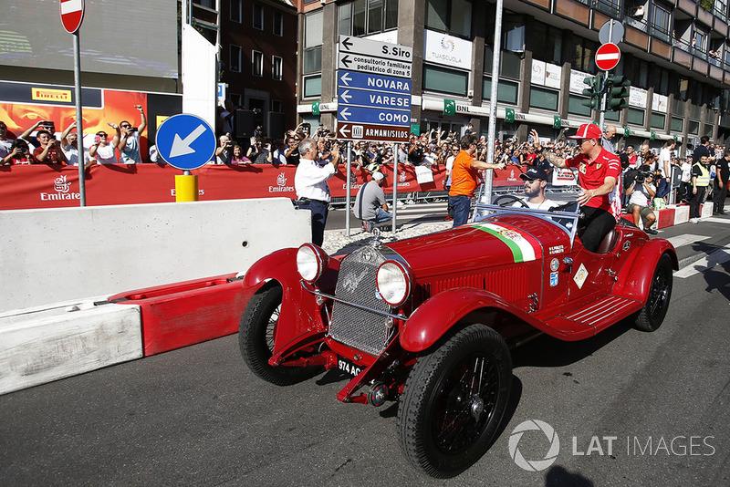 Kimi Raikkonen, Ferrari, su un'Alfa Romeo Storica