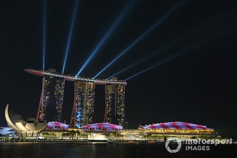 Готель Marina Bay Sands
