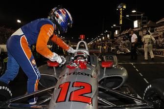 1. Will Power, Team Penske Chevrolet, 3. Scott Dixon, Chip Ganassi Racing Honda