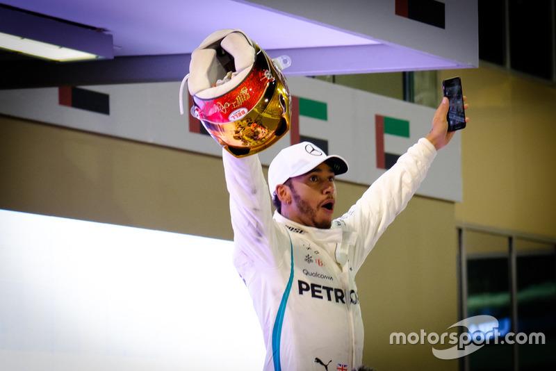 1º Lewis Hamilton: 218 puntos (no pierde ni gana posiciones respecto a 2017)