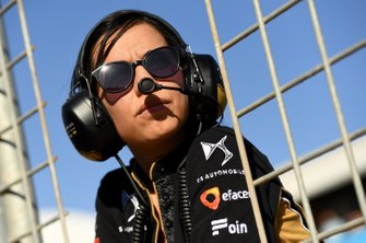 A DS TECHEETAH team member looks over to the grid from the pit wall