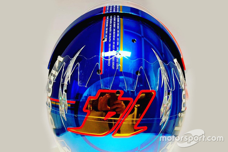 El casco de Fernando Alonso, McLaren, para su última carrera en F1, el GP de Abu Dhabi 2018