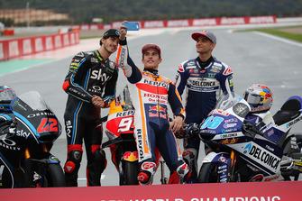 Motorrad-Weltmeister 2018: Francesco Bagnaia (Moto2), Marc Marquez (MotoGP), Jorge Martin (Moto3)