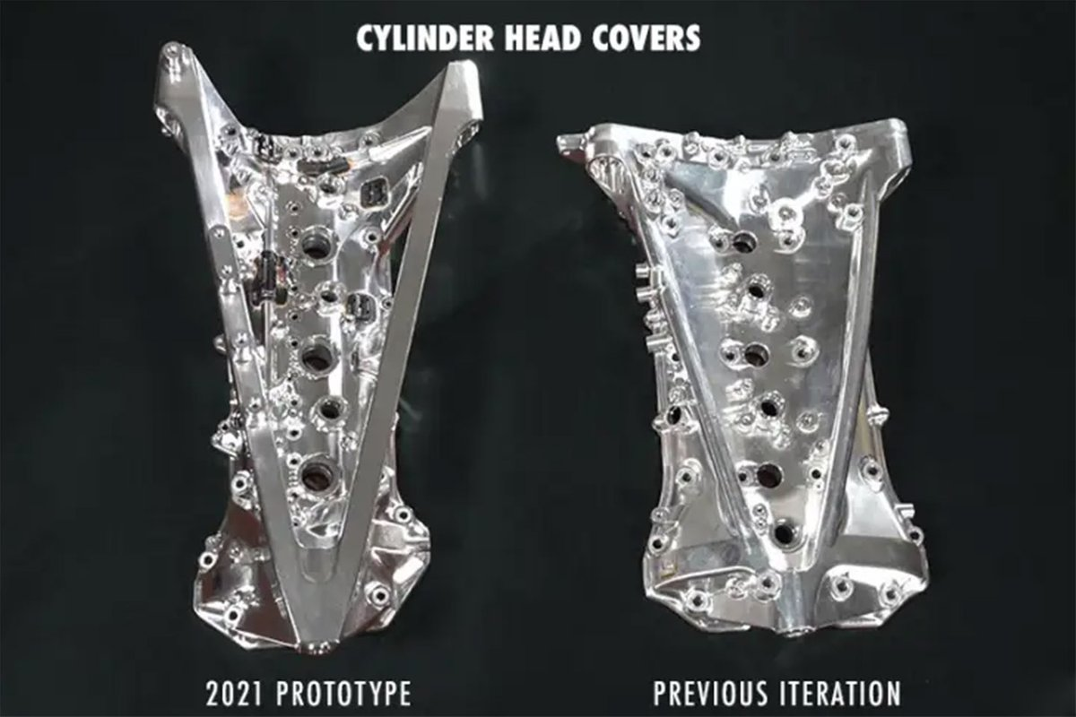 Engine cylinders head covers