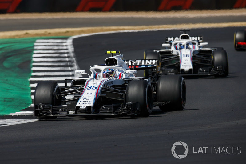 Sergey Sirotkin, Williams FW41, y Lance Stroll, Williams FW41
