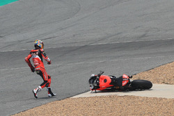 Chaz Davies, Aruba.it Racing-Ducati SBK Team after crash