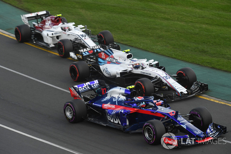 Pierre Gasly, Scuderia Toro Rosso STR13, Sergey Sirotkin, Williams FW41, Charles Leclerc, Sauber C37