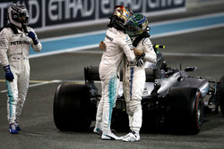 Lewis Hamilton, Mercedes-Benz F1 W08  congratulates and celebrates in parc ferme with Felipe Massa, Williams and race winner Valtteri Bottas, Mercedes AMG F1