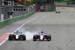 Lance Stroll, Williams FW41 Mercedes ve Sergio Perez, Force India VJM11 Mercedes
