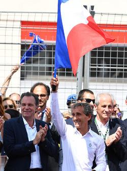 Alain Prost, Renault Sport F1 Team Special Advisor on the grid