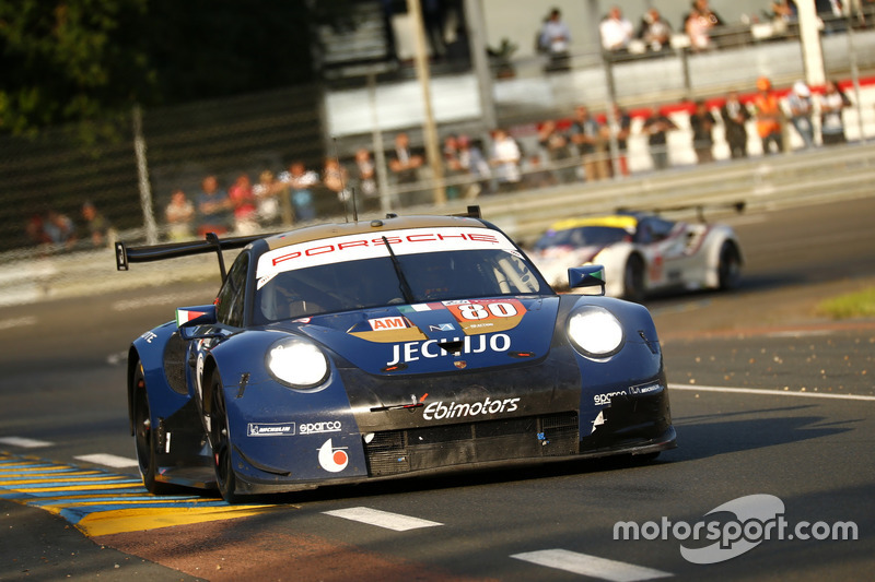 53: #80 Ebimotors Porsche 911 RSR: Fabio Babini, Christina Nielsen, Erik Maris, 3'53.402