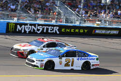 Ryan Blaney, Wood Brothers Racing Ford and Matt Kenseth, Joe Gibbs Racing Toyota
