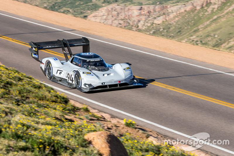 Romain Dumas, #94 Volkswagen I.D. R Pikes Peak