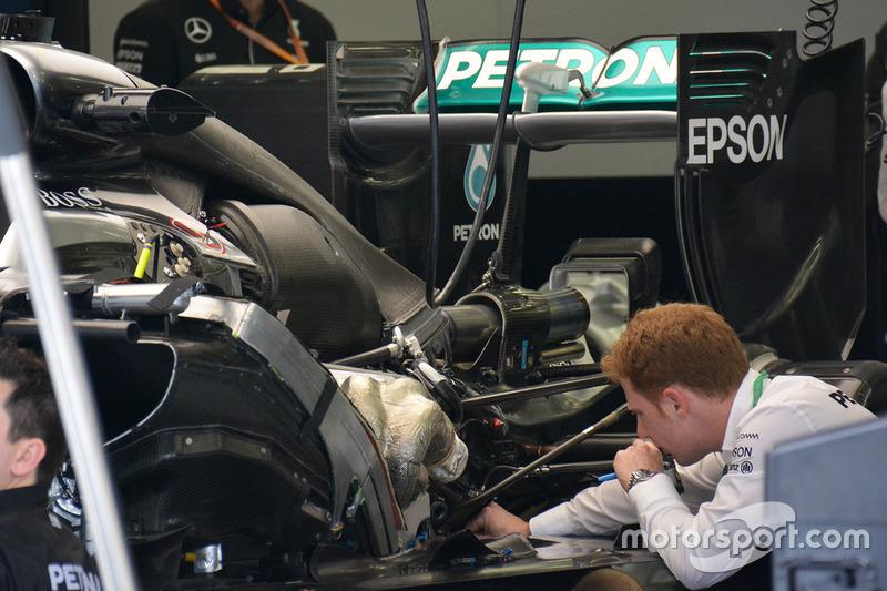 Mercedes W07 Hybrid