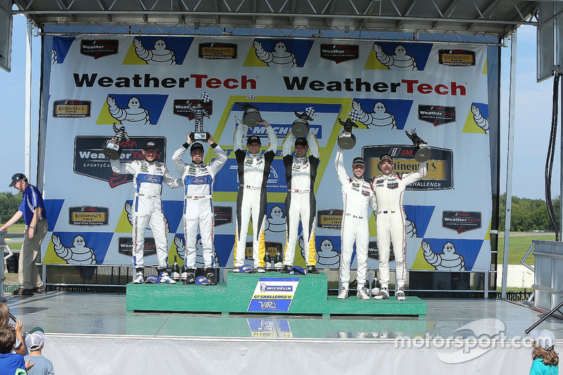 GTLM Podium: race winners Antonio Garcia, Jan Magnussen, Corvette Racing, second place Joey Hand, Dirk Müller, Ford Performance Chip Ganassi Racing, third place Earl Bamber, Frédéric Makowiecki, Porsche Team North America