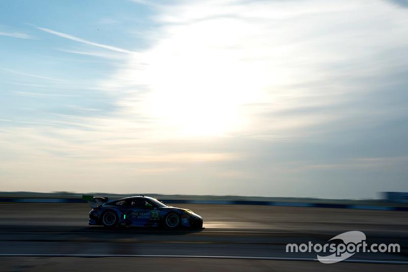 #23 Team Seattle/Alex Job Racing Porsche GT3 R: Ян Джеймс, Маріо Фарнбахер, Алекс Ріберас