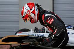 Kevin Magnussen, Haas F1 Team VF-18 in parc ferme