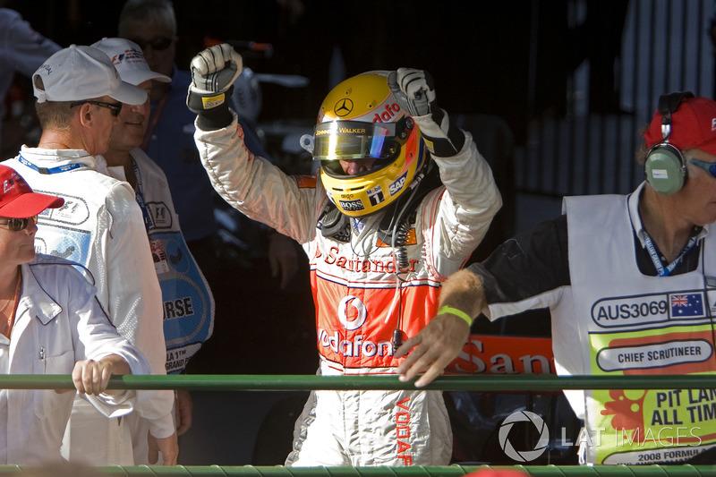 Il vincitore della gara Lewis Hamilton, McLaren