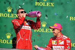Tweede Sebastian Vettel, Ferrari, derde Kimi Raikkonen, Ferrari