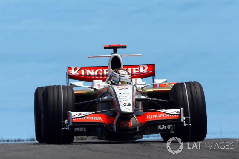 """2. <img src=""""https://cdn-3.motorsport.com/static/img/cfp/0/0/0/0/83/s3/germany-4.jpg"""" alt="""""""" width=""""20"""" height=""""12"""" />Adrian Sutil, 128 Grandes Premios (2006-2011, 2013-2014). Su mejor resultado es el 4° puesto (en Italia 2009)."""