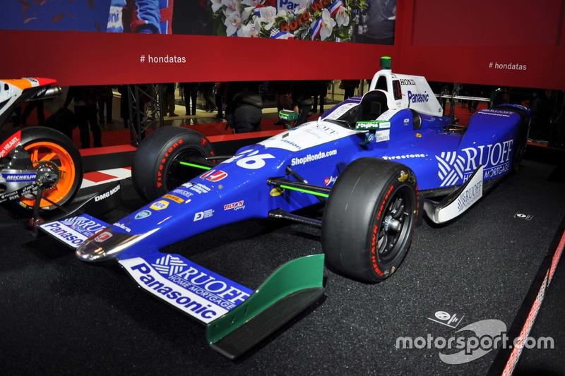 Dallara DW12, Takuma Sato pemenang Indy 500