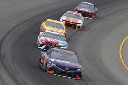 Denny Hamlin, Joe Gibbs Racing, Toyota Camry FedEx Freight and Kyle Busch, Joe Gibbs Racing, Toyota Camry M&M's Red White & Blue