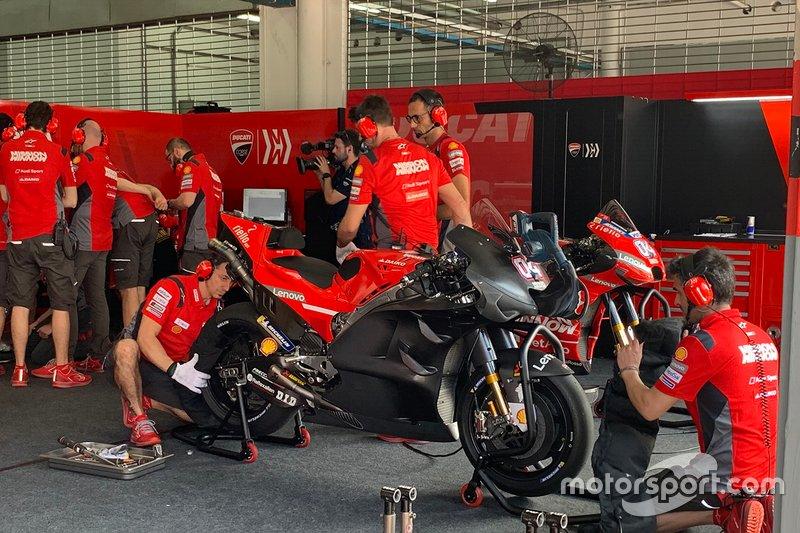 Andrea Dovizioso, Ducati Team with new fairing