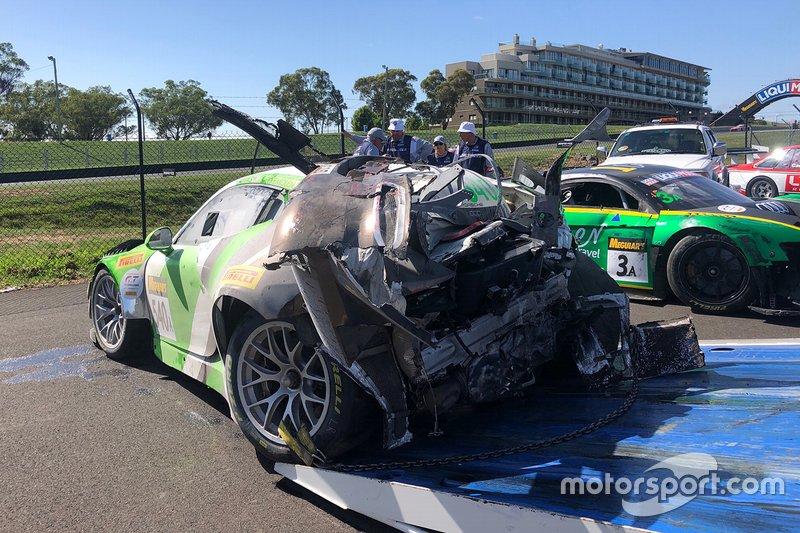 Black Swan Racing Porsche 911 GT3-R na de crash van Tim Pappas