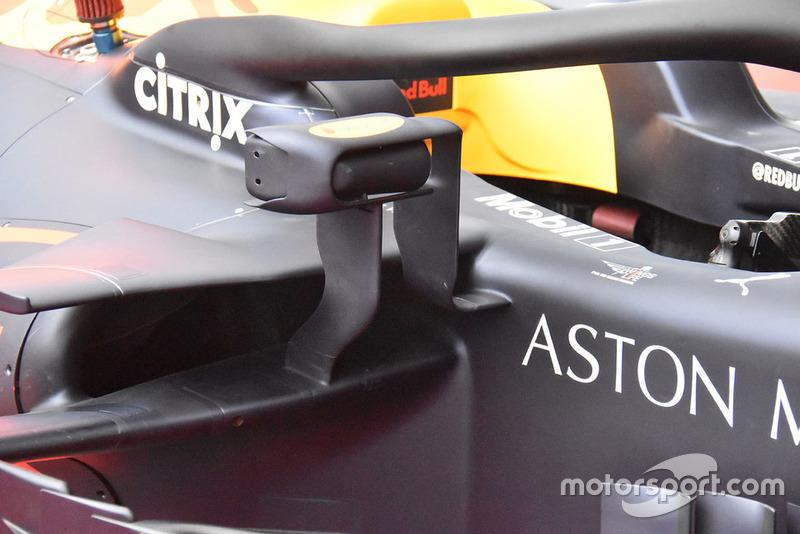 Red Bull Racing RB14 detail van de spiegle