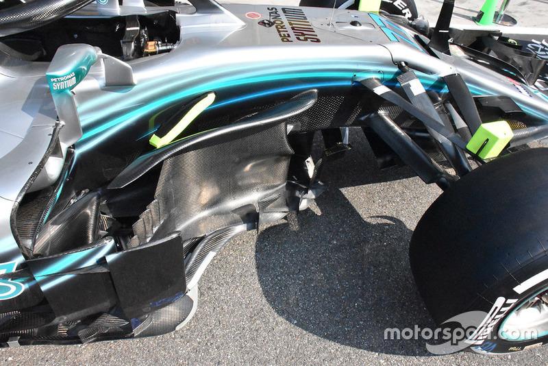 Mercedes AMG F1 W09 bargeboard detail