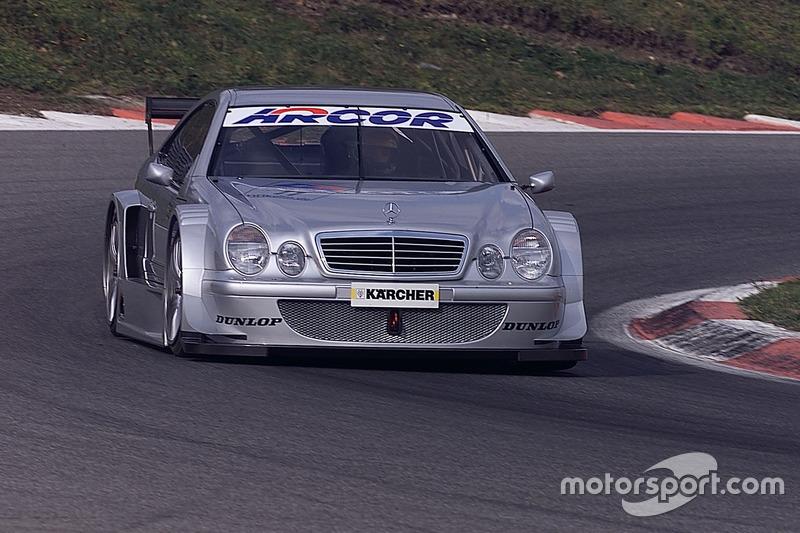 Bernd Schneider e Klaus Ludwig, testavano la nuova Mercedes CLK, HWA AG
