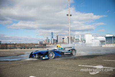 Victor Cruz en un Fórmula E en Nueva York