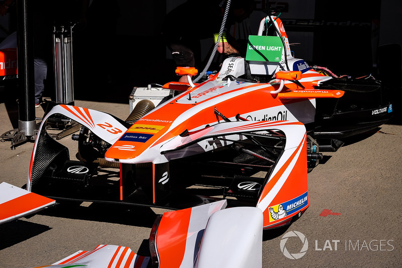 Coche de Nick Heidfeld, Mahindra Racing