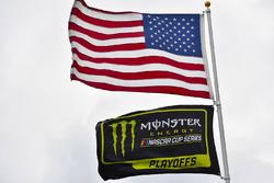 Flaggen: USA und Monster Energy NASCAR Cup Series Playoffs