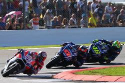Andrea Dovizioso, Ducati Team, Maverick Vinales, Yamaha Factory Racing, Valentino Rossi, Yamaha Factory Racing