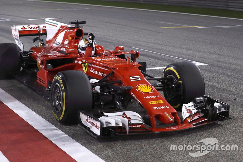 Racewinnaar Sebastian Vettel, Ferrari SF70H