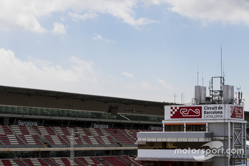 The Circuit de Catalunya race control tower and pit straight grandstand
