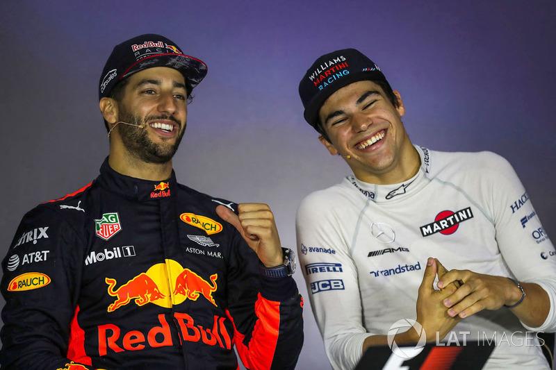 Ganador de la carrera Daniel Ricciardo, Red Bull Racing y Lance Stroll, Williams en a conferencia de